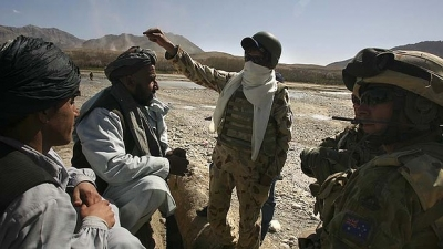 Afghan interpreter torn between worlds